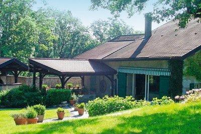 Maison à vendre à DIVONNE-LES-BAINS  - 10 pièces - 350 m²