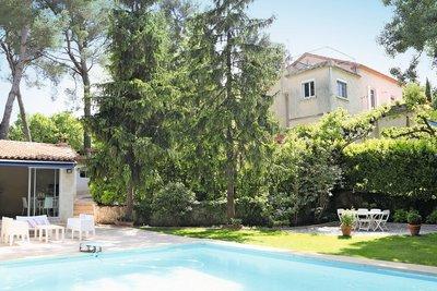 Maison à vendre à AIX-EN-PROVENCE  - 7 pièces - 250 m²