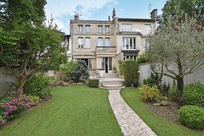Maison à vendre à BORDEAUX  - 8 pièces - 347 m²