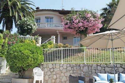 Maison à vendre à VENCE  - 6 pièces - 200 m²