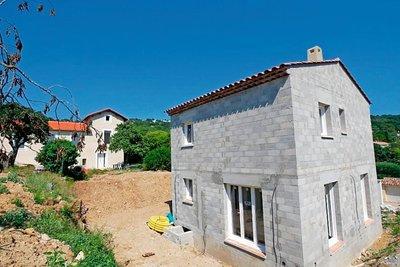 Maison à vendre à MOUANS-SARTOUX  - 4 pièces - 90 m²