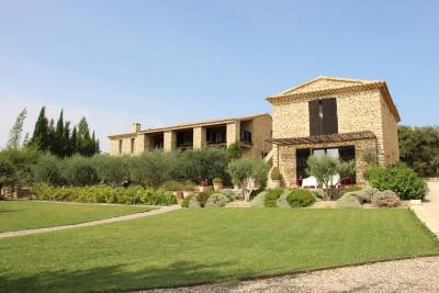 Maison à vendre à GORDES  - 9 pièces - 352 m²