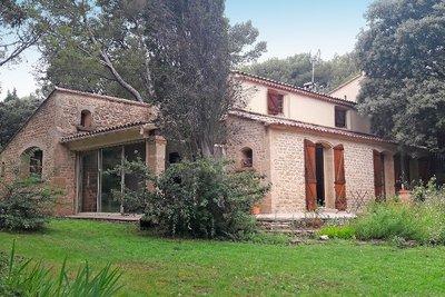Maisons à vendre à Cornillon-Confoux