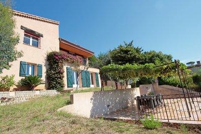 Maison à vendre à MANDELIEU-LA-NAPOULE  - 5 pièces - 170 m²