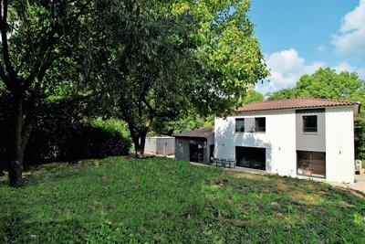 Maison à vendre à MOUANS-SARTOUX  - 6 pièces - 155 m²