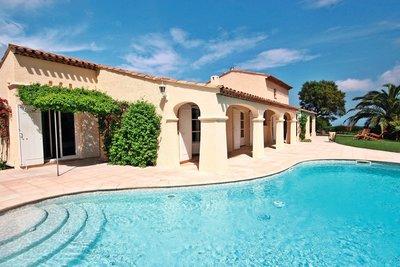 Maison à vendre à LES ADRETS-DE-L'ESTÉREL  - 5 pièces - 173 m²