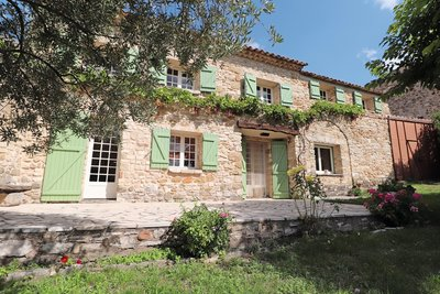 House for sale in RUSTREL  - 6 rooms - 120 m²