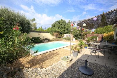 Maison à vendre à MOLLÉGÈS  - 4 pièces - 95 m²