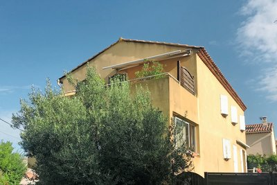 Apartment for sale in Aix-en-Provence  - 2 rooms 70 m²