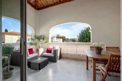 Appartement à louer à ST-JEAN-CAP-FERRAT  - 5 pièces - 140 m²