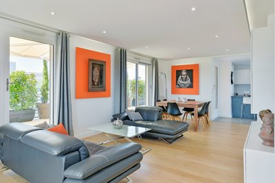 Apartment for sale in Lyon  4Eme  - 5 rooms 148 m²