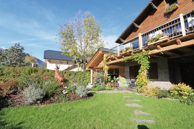 Maison à vendre à BAGNERES DE LUCHON  - 8 pièces - 205 m²