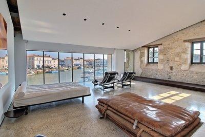 Maison à vendre à ST MARTIN DE RE  - 6 pièces - 510 m²