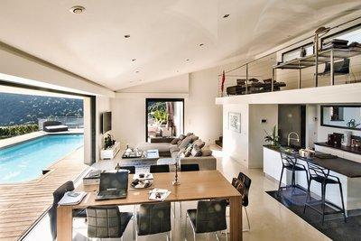 Maison à vendre à FALICON  - 5 pièces - 220 m²