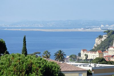 Apartment for sale in NICE Mont Boron - 4 rooms - 102 m²