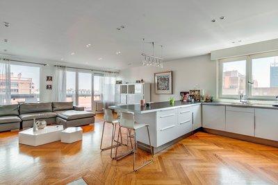 Appartement à vendre à LYON  6EME  - 4 pièces - 111 m²