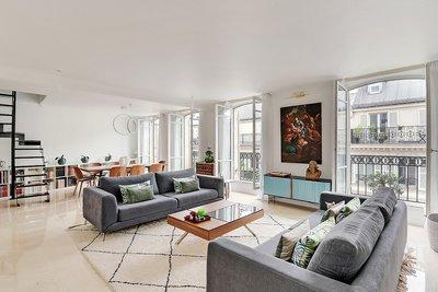 Appartement à vendre à PARIS  8EME  - 9 pièces - 258 m²