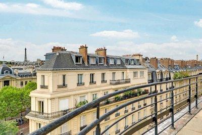 Appartement à vendre à PARIS  8EME  - 4 pièces - 160 m²