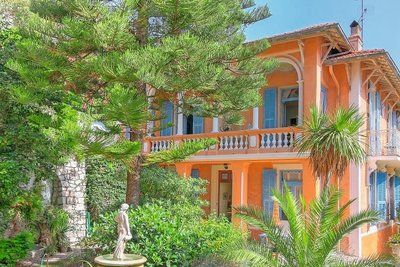 House for sale in MENTON  - 5 rooms - 155 m²