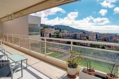 Appartement à vendre à LE CANNET  - 4 pièces - 103 m²