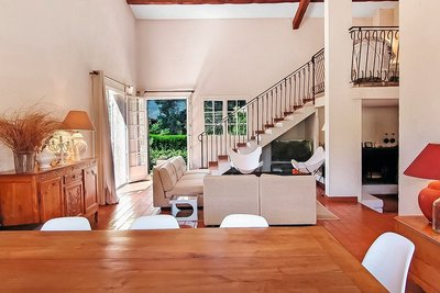 Maison à vendre à CANNES-LA-BOCCA  - 6 pièces - 180 m²