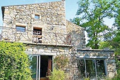Maison à vendre à JOYEUSE  - 9 pièces - 200 m²