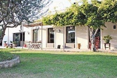 Maison à vendre à NOVES  - 6 pièces - 168 m²