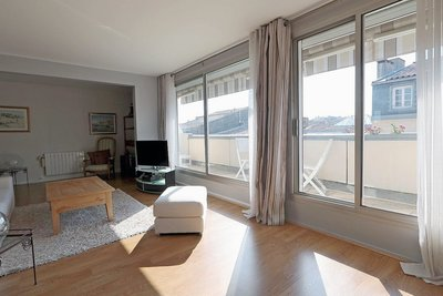 Apartment for sale in BORDEAUX  - 4 rooms - 89 m²
