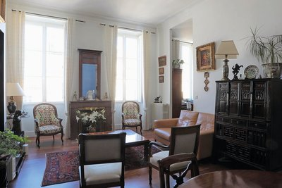 Apartment for sale in BORDEAUX  - 5 rooms - 93 m²