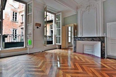 - 5 rooms - 117 m²