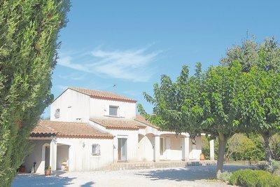 Maison à vendre à ST-ETIENNE-DU-GRÈS   - 115 m²