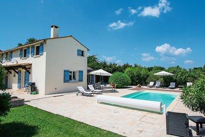Maison à vendre à MOULES  - 7 pièces - 150 m²