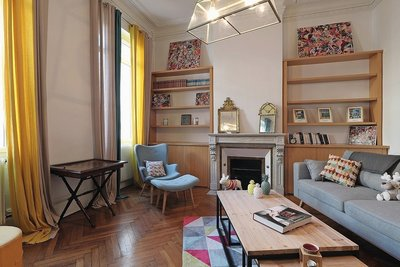 House for sale in BORDEAUX  - 7 rooms - 230 m²