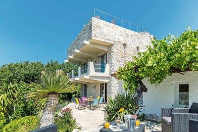 Maison à vendre à VENCE  - 5 pièces - 160 m²