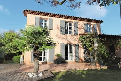 Maison à vendre à PUYRICARD  - 4 pièces - 120 m²