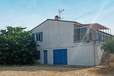 Houses for sale in Venelles