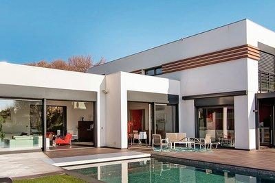 Maison à vendre à CAGNES-SUR-MER  - 8 pièces - 250 m²