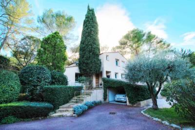 Maison à vendre à MOUGINS  - 5 pièces - 140 m²