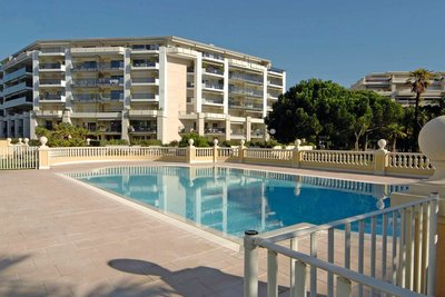 Apartment for sale in CAGNES-SUR-MER  - 3 rooms - 83 m²