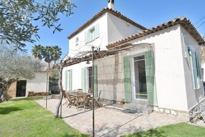 Maison à vendre à CAP D'ANTIBES  - 3 pièces - 160 m²