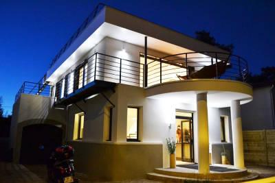 Maison à vendre à ST GEORGES DE DIDONNE  - 5 pièces - 150 m²