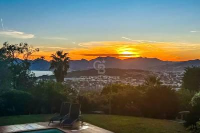 Maison à vendre à CANNES   - 350 m²