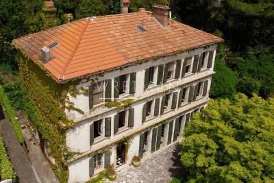 Maison à vendre à GRASSE  - 13 pièces - 370 m²