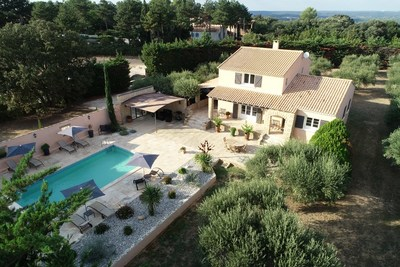 House for sale in UZÈS  - 5 rooms - 140 m²