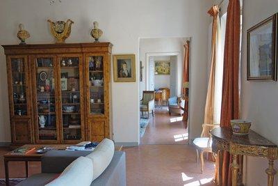 - 6 rooms - 172 m²