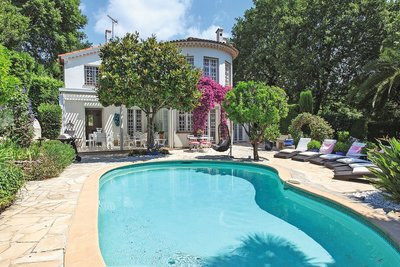 House for sale in CANNES  - 8 rooms - 175 m²