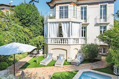 House for sale in CANNES  - 6 rooms - 240 m²