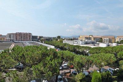 Apartment for sale in CANNES-LA-BOCCA  - 2 rooms - 58 m²