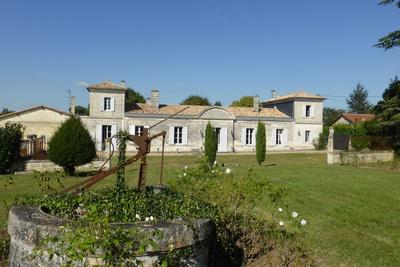 Maison à vendre à BORDEAUX  - 13 pièces