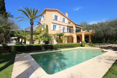 Maison à vendre à CANNES  - 7 pièces - 250 m²
